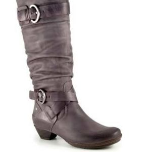 Pikolinos leather boots
